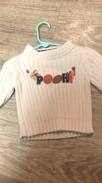 Adorable 18month Winnie The Pooh sweater  Lexington, 40515