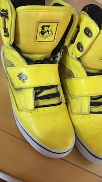 Vlado yellow high tops leather size 10 men's Richmond Hill, L4E 4S4
