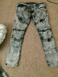 gray and white camouflage pants El Paso, 79934