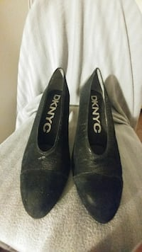 Dkny c black shoes sz 9
