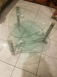 Glass coffee table Mississauga, L5R 3N3