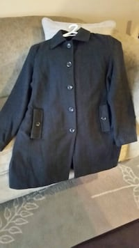 Ladies 2X winter coat. $20. Dark grey.  Burlington, L7L 7C3
