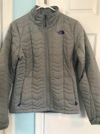 The North Face - Lightweight Jacket - Size M Livonia, 48152