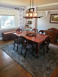 French dark oak dining table and chairs Green Hill, 37138