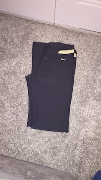 Nike Pants  size small Virginia Beach, 23452