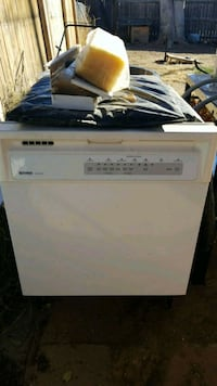 white top-load clothes washer Albuquerque, 87112
