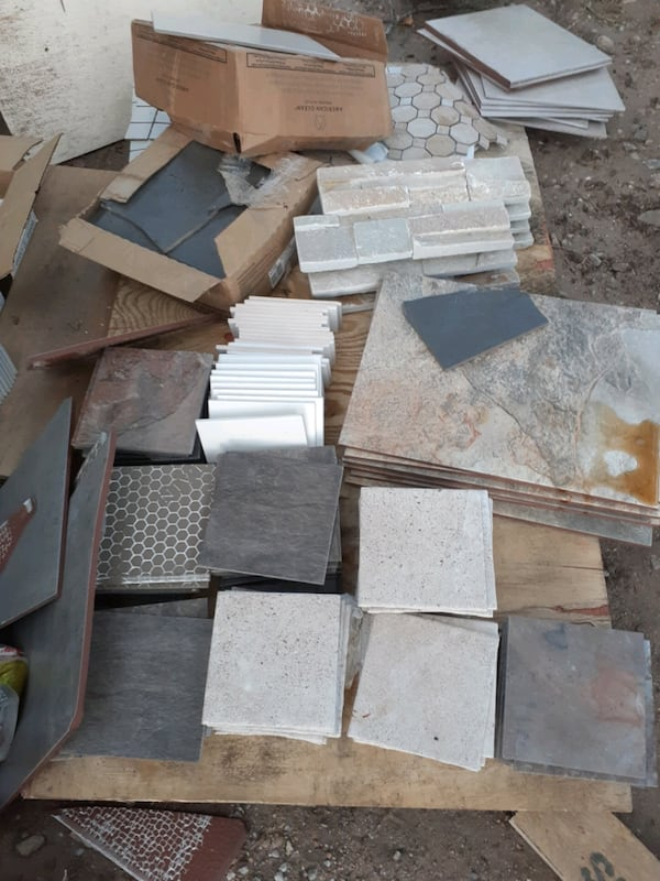 Lots of brand new tiles and backsplash 200.00 for all  5164bdc4-be90-4dac-b9c1-62677cae9ff1