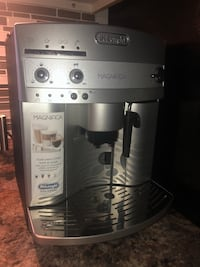 Coffee Maker with grinder inside Fully automatic Nokomis, 34275