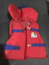 Youth 40-90 lbs Small Vessel Regulation LifeJacket