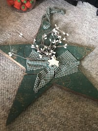 green and white star print textile Walkersville, 21793