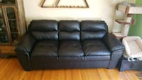 Comfty back leather couch Calgary, T2N