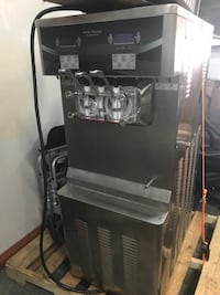 Taycool Soft Serve Ice Cream Machine - NEW! Davenport