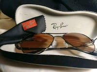 black framed Ray-Ban aviator sunglasses with case Gainesville, 30507