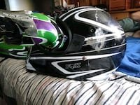 black and white full face helmet