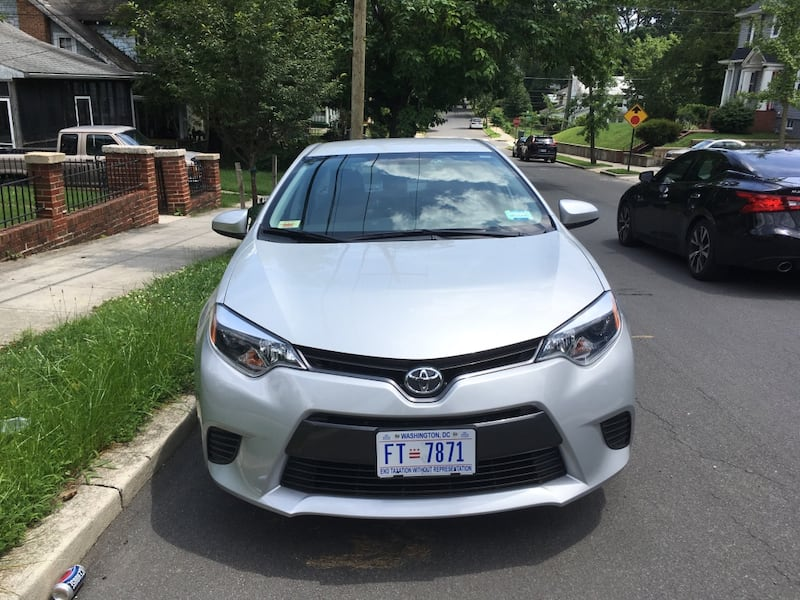 Toyota - Corolla LE- 2016      1000 miles excellent condition 2f92afe1-f934-46ea-8583-e31ee4ae1d83