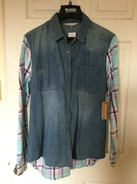 Blue button-up long sleeve plaid shirt brand new with tag size M Vaughan, L6A 1N1