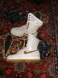 Woman's Nike Airforce 1 AF1 High Golden US 7 Markham, L3T 2E9