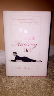 *Rare* 'What Would Audrey Do?' Audrey Hepburn Anthropologie Book NEW!