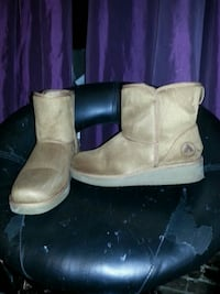 Air walk boots size 7 1/2  Vancouver, V6A 1X4