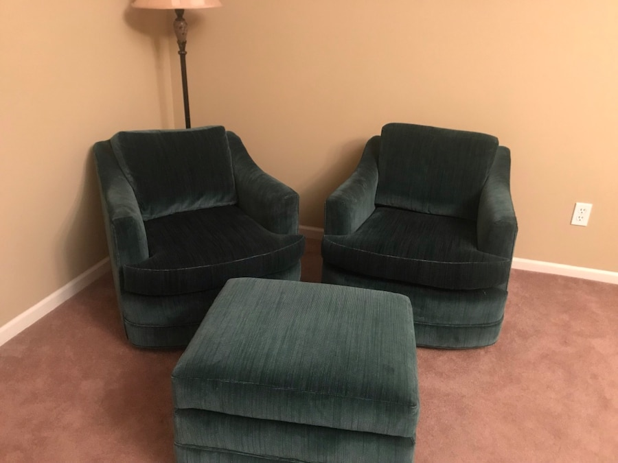 2 chairs and ottoman usado en venta en lake orion letgo rh es letgo com