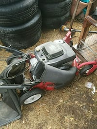 Self-propelled mower sellin for 45 needs some work Sweet Home, 97386