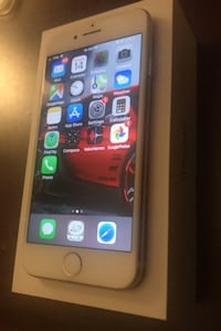iPhone 7 Gold 32Gb Brossard, J4Y 2L3