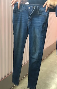 Young ladies super skinny Levi jeans Chula Vista, 91911