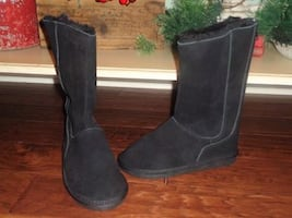 NEW Ladies SIZE 8 Black Leather Zip Up Winter Boots