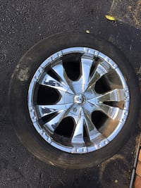 chrome 5-spoke car wheel with tire Nokesville, 20181