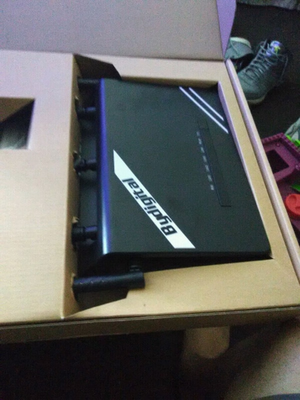 Wi-Fi router  brand new