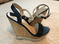 Pair of black-and-brown wedge sandals size 9 - brand new Fresno, 93720