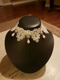 New cream beaded choker necklace  Vaughan, L4H 1M4