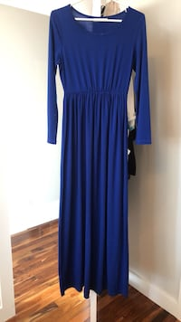 Dress size s Edmonton, T5X 1M8