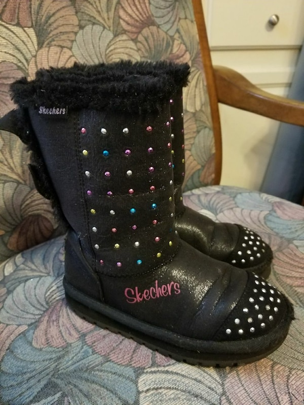 Sketchers fur lined twinkle toe boots child size13