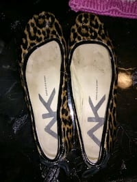 pair of black leather flats Versailles, 40383