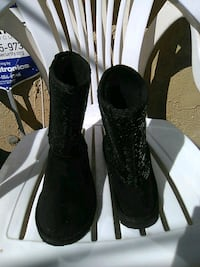 Blk. Sequence boot size 5 1/2 like New! Lancaster, 93534
