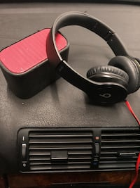 Beats by Dre and Ultimate ears Bluetooth speaker   Contra Costa Centre, 94597