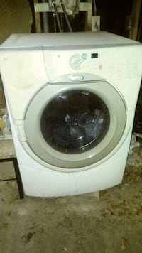 white front-load clothes washer Phoenix, 85017