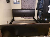 King Size bed frame. NEED GONE ASAP!! North Las Vegas, 89030