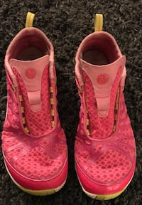 Women's 8.5 Merrells ($9 if picked up today)! Spring Hill, 37174
