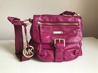 Michael Kors Crossbody in very good condition Arlington, 22202