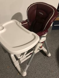 High chair Mississauga, L5K 1P2