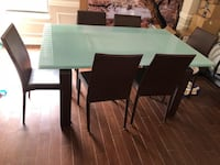 Top Quality Extendable Dining table & chairs Tysons