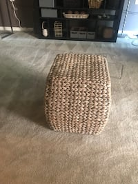 Wicker Ottoman or Side Table Silver Spring, 20904