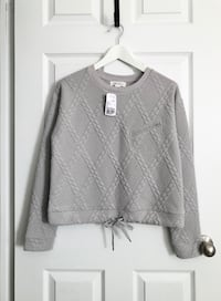 F21 Womens quilted sweater size small Mississauga, L5M 0H2