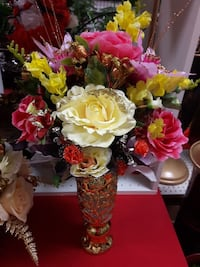red and yellow petaled flower centerpiece Toronto, M1B 0A7