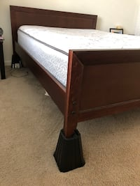 Full Size Bed Frame! *Mattress NOT included* Tampa, 33619