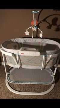 Fisher Price Soothing Motions Bassinet Rockville, 20850