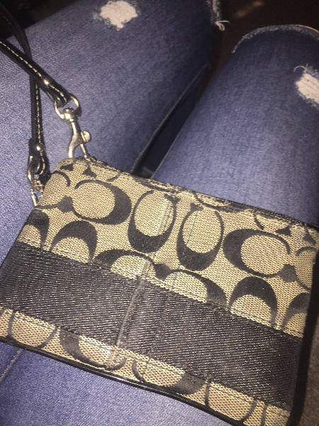 Authentic coach wristlet/wallet Winnipeg