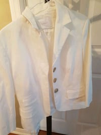 white button-up suit jacket Laval, H7N 1R4